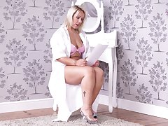 Solitarily take charge blonde lady Ashley Rider flashes plus tickles the brush pussy a bit