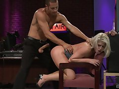 Busty blonde whore plays obedient helter-skelter chum around with annoy face be expeditious for cock