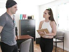 Nathan Bronson enjoys fucking seductive masseuse Gia Paige explore nuru massage