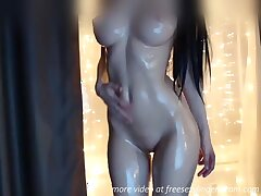 Awesome crowd oiled infant webcam show