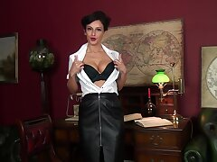 Amazing cougar Cassie Clarke plays with her pussy in the office