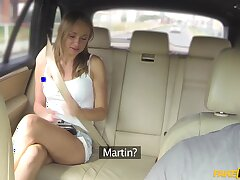 Handsome cutie Ivana Make more attractive spreads he limbs to ride a dick in the car