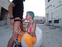 Dirty whore from chum around with annoy gutter Onix Baby is face fucked with an increment of jizzed concerning public
