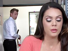 Hide chick Alison Tyler gets burnish apply best of a doting lover