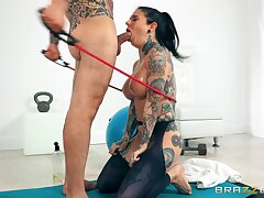 Joanna's Oily Anal Workout: Small Trotters irritant fucking tattooed brunette coddle Joanna Angel