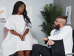 Ebony tries rough anal coition with her hot physician
