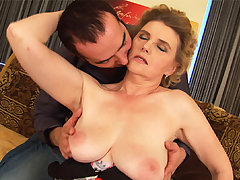 chubby moms first tit endeavour