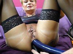 AngelAlpha zwei dongs im Ass